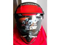 ARAI TOUR X4 MOTORCYCLE HELMET.
