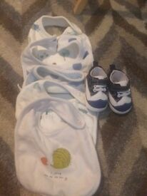 5 baby bibs and shoes