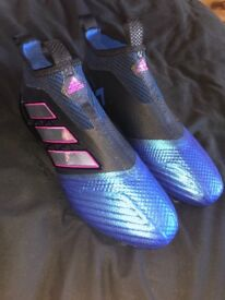 Adidas ACE 17+ Laceless Football Boots FG Size 9.5