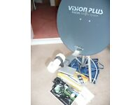 Max view Omnistat Dish and receiver Kit