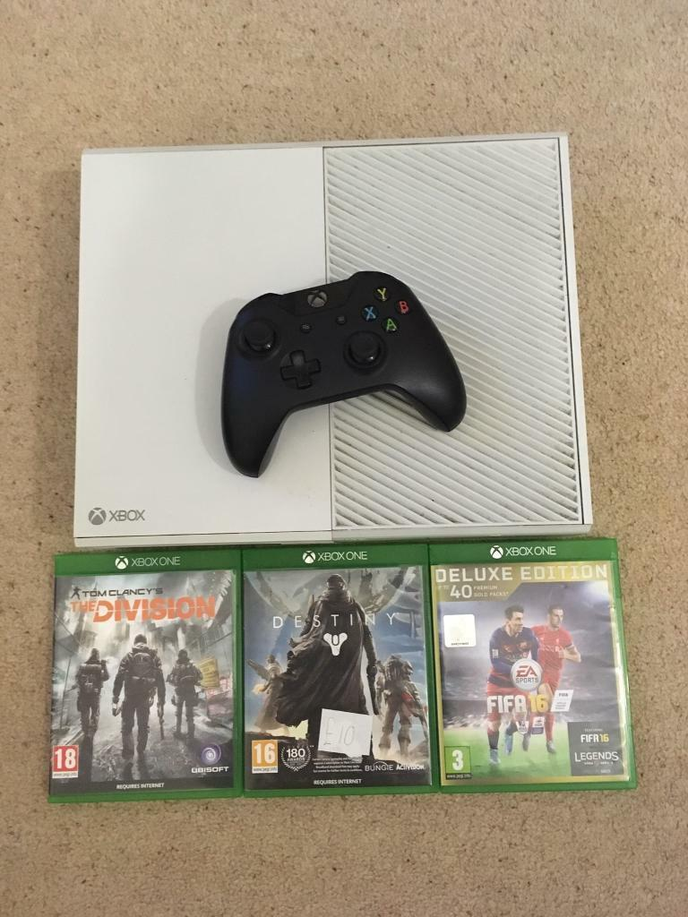 Limited edition white Xbox one bundle