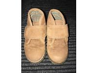 Toddler Brown Boots Size 4