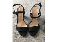 New look sandals, good condition. Size 7