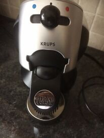 Krups KP2000 Coffee Maker Machine Dolce Gusto Pods Excellent Condition