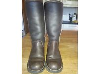 Ugg fur lined brown leather boots. Genuine. Size 5.5 (38)