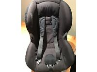 Childs Car Seat (Maxi Cosi)