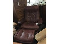 Nice Ekornes Stressless Reclining Swivel Chair & Footstool Leather Burgundy Wine