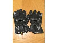 Frank Thomas Seg 175 leather motorbike gloves.