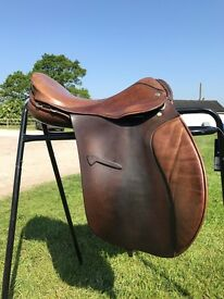 "17"" Jeffries Falcon brown leather saddle, fitted with Flair"