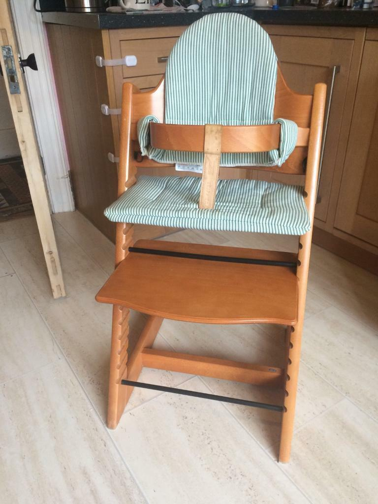 Stokke Tripp Trappin Budleigh Salterton, DevonGumtree - GUC Stokke Tripp Trapp high chair. Minor scuffs. No harness, but can easily be purchased online. Also have infant seat to attach which can be purchased for an additional £40. Collection Budleigh Salterton. Smoke free home