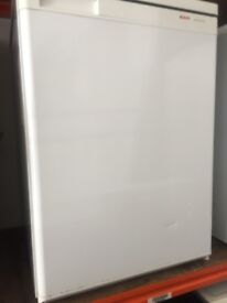 icebox Bosch under counter fridge with icebox , for sale ,,, in fully working condition