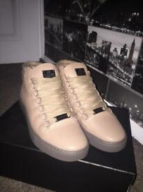 OFFERS Glorious gangsta size 6 (balenciaga type shoes)open to offers