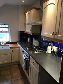 1 Bed Luxury Penthouse Apartment Sherwood £695 All Inclusive. (No Bills)