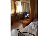 ***3 X DOUBLE BEDROOMS OFFERED FOR RENT IN A FLAT SHARE IS is AVAILABLE FURNISHED***