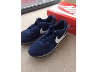Nike MD Runner 2 Mens Shoe Trainers Size 10