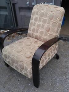 Stuffed Comfy Chair Living Room Oakville Brown Gently used