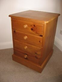 PINE DRAWER UNIT