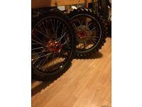 Ktm 125 150 250 450 2013 wheels excel a60 talon Hubs black and orange