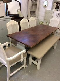 Elegant large table with 5 chairs + bench