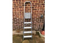 5 step ladder in very good condition as was used ones or twice.