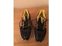 Adidas Trainers NEW & Unworn - Men's - Black /yellow - Size 9 1/2