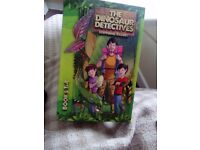 Set of 4 the dinasour detectives