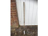 Spear & Jackson Long Handled Trowel - 40inch Wooden Handle NEW