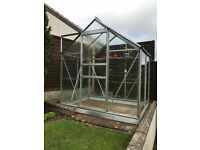 Greenhouse - aluminium and glass with automatic louvres