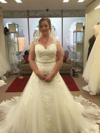 womens wedding dress, cariad bridal. 12/14