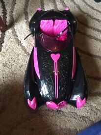 Monster high car