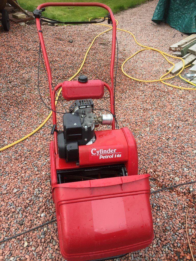 Qualcast Suffolk Punch 14s Petrol Cylinder Lawnmower In
