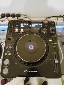 Pioneer cdj 1000 mk3 with UDG bag/case excellent condition