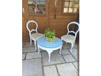 Vintage Shabby Chic Cofee Table and Chairs
