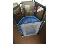 Baby dan playpen in blue