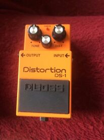 BOSS DS 1 DISTORTION PEDAL (BOXED)