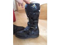 Motocross motorcycle boots