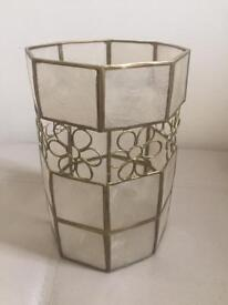 Pretty lampshade in gold metal and shell