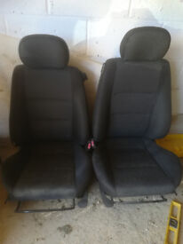2 front seats for vauxhall corsa / tigra 2005