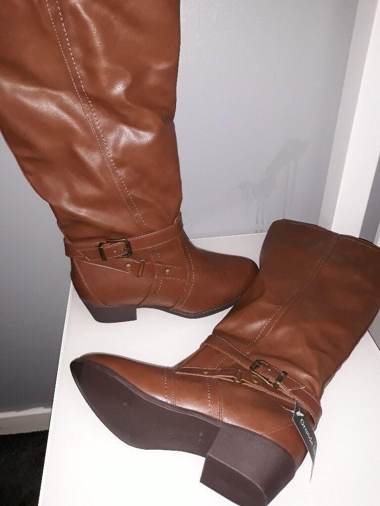 Ladies wide leg brown boots