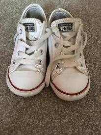 Kids converse size 9 leather