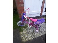 12IN BIKE WITH STABILISERS