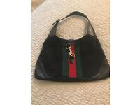 Black shoulder Gucci bag