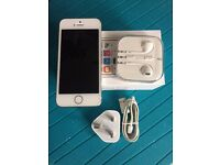 Iphone 5s White -Silver Unlocked Mint condition.