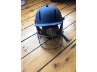 Cricket GM helmet. Junior 09-12 54-59cm