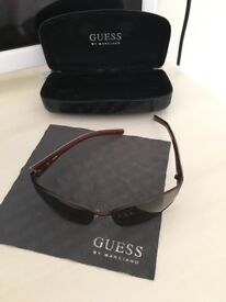 Woman's guess sunglasses