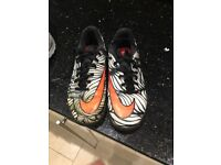 Nike hypervenom size 5 trainers