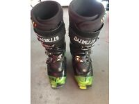 Dalbello skis boots