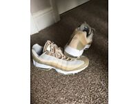 Nike air max worn only couple of times
