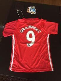 Boys Manchester United kit