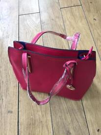 Dark pink hand bag